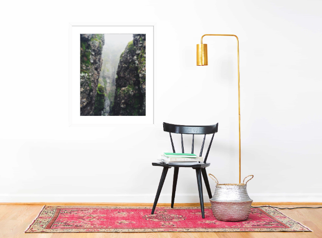 Mist&Moss_Whiteframe_Wall_NicoleMark.png